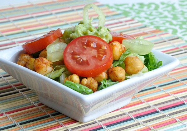 Taco-Style Chickpeas: quick, easy, and oh-so tasty, you'll ADORE these crispy roasted chickpeas! Great as a salad topper or as a vegetarian taco filling!