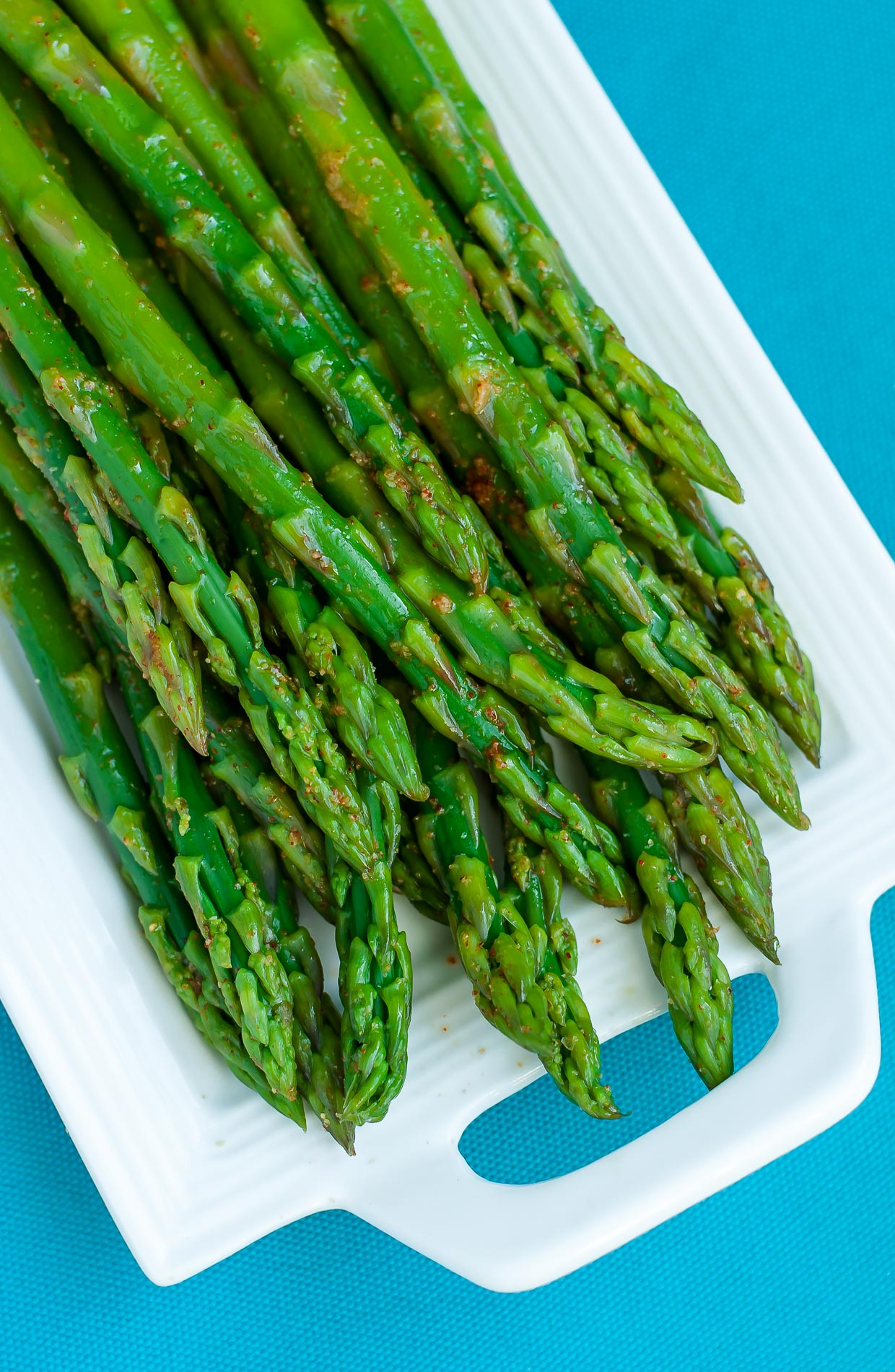 Easy Blanched Asparagus With Cayenne Lemon And Garlic