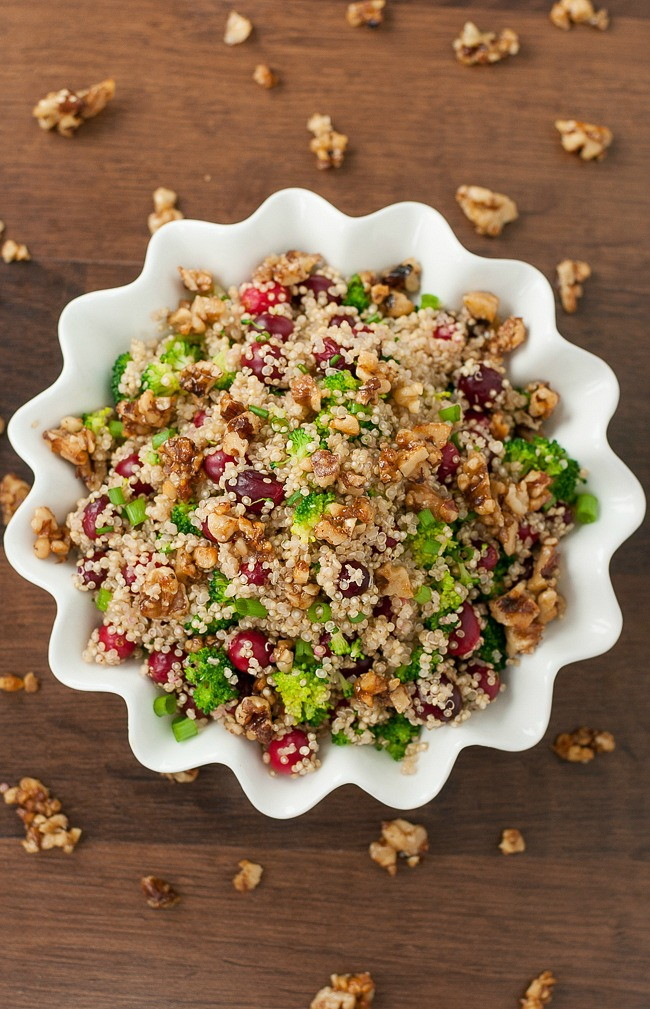 Cranberry Quinoa Salad with Candied Walnuts :: hands-down one of my favorite holiday side dish recipes!