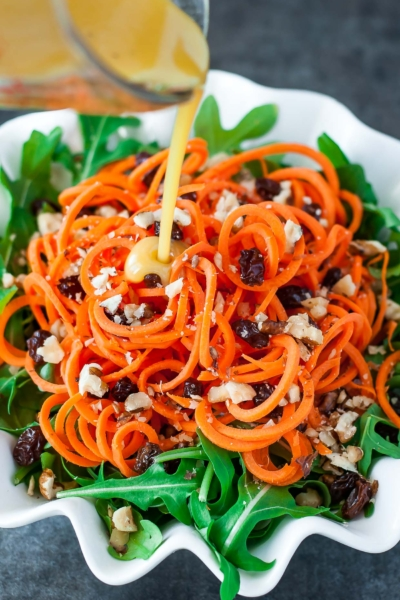 If you get a chance to try this healthy carrot salad, let me know! Leave some love in the comment form below or tag your photos with @peasandcrayons on Instagram so I can happy dance over your creation.