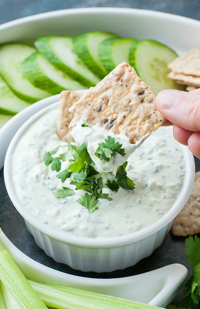 Creamy Cilantro Cucumber Dip :: mayo-free and SO GOOD!