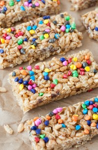 Homemade Chewy Rainbow Chip Granola Bars :: a childhood favorite!
