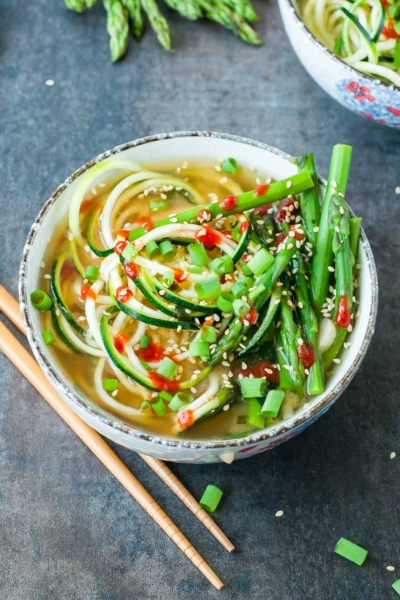 From stove top to table top in under 10 minutes, you'll love this speedy One-Pot Spiralized Zucchini Noodle Miso Soup!