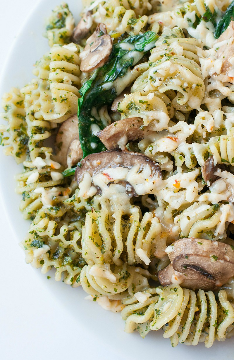 Roasted Garlic Kale Pesto And Veggie Pasta
