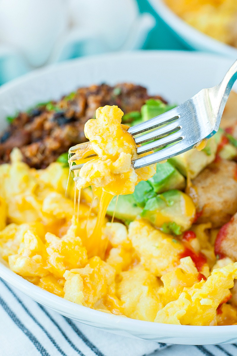 Vegetarian Chili Tater Tot Breakfast Bowls