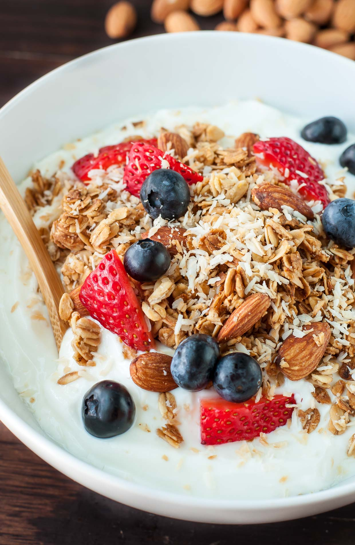 Say hello to my go-to quick and easy breakfast! I'm head over heels for this HEALTHY homemade maple almond granola!