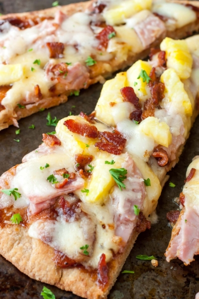 The easiest way to make pizza for 1-2 people? Flatbreads! These BBQ Hawaiian Flatbread Pizzas are quick, easy, and totally delicious!