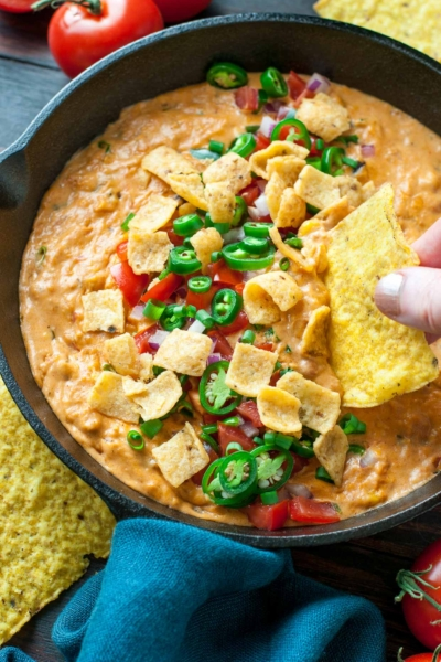 Easy Vegetarian Chili Cheese Dip... with NO VELVEETA! This easy cheesy dip is sketch-free and delicious!