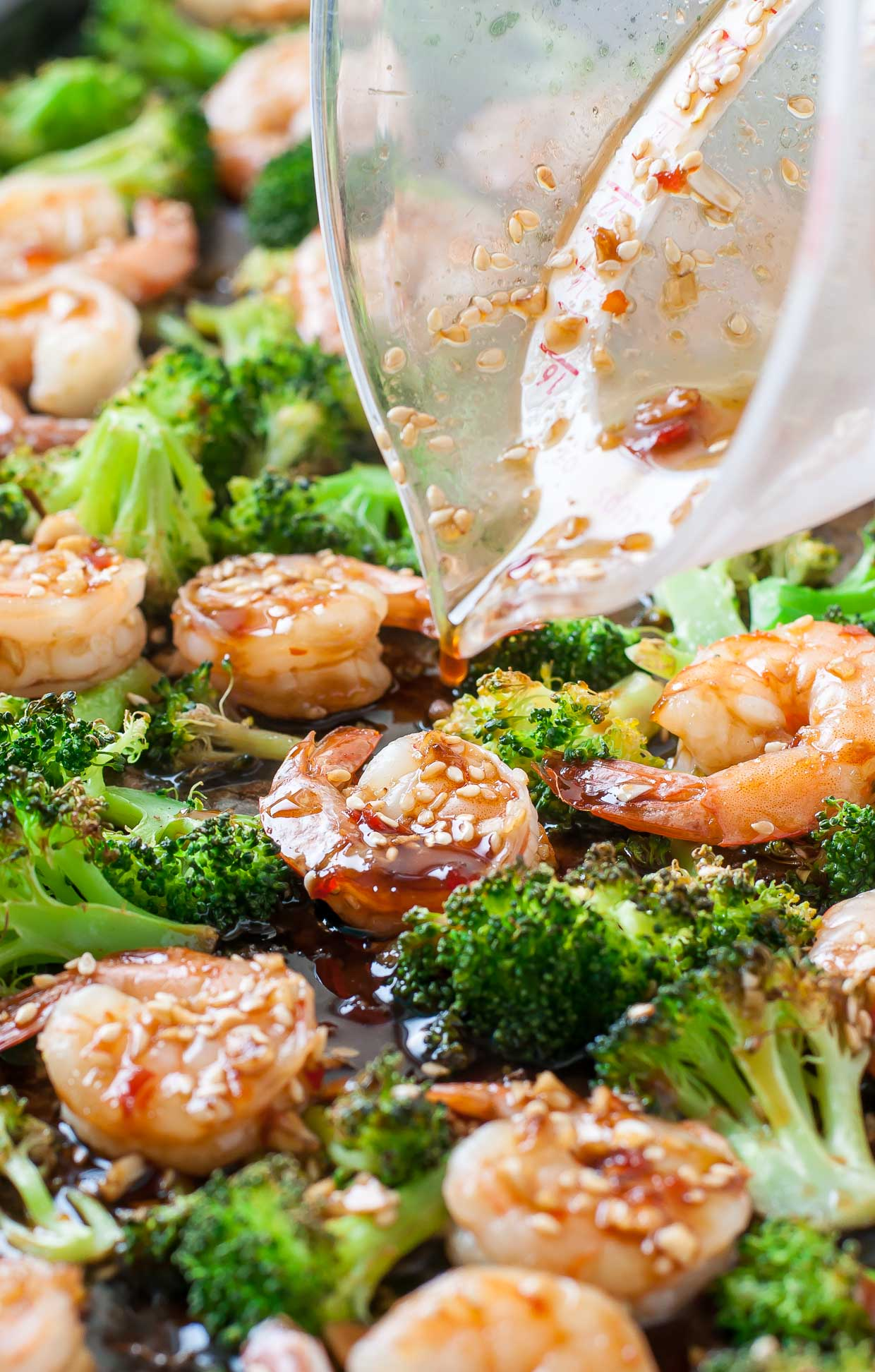 Sheet Pan Roasted Honey Garlic Shrimp and Broccoli -- LOVE this easy recipe!