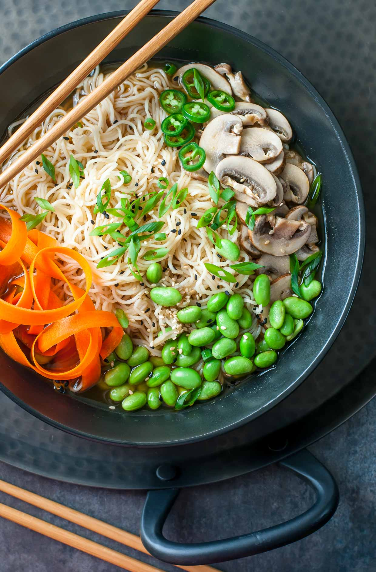 Vegan Ramen Bowls with Edamame and Mushrooms