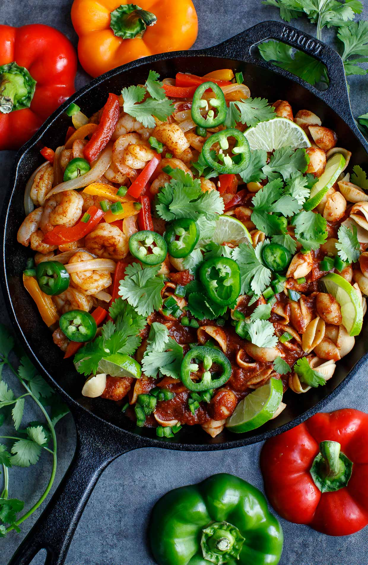 Tasty One-Pot Shrimp Fajita Pasta Skillet