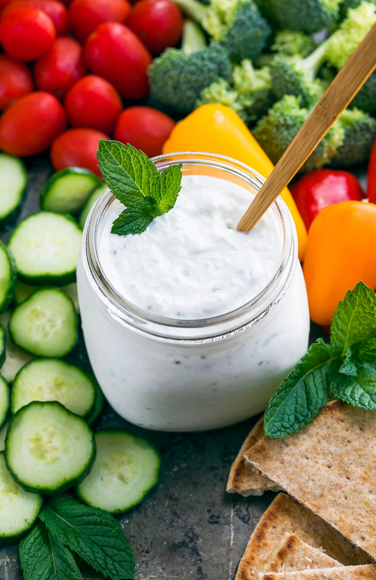 Easy Tzatziki Sauce With Cucumber And Yogurt Peas And Crayons