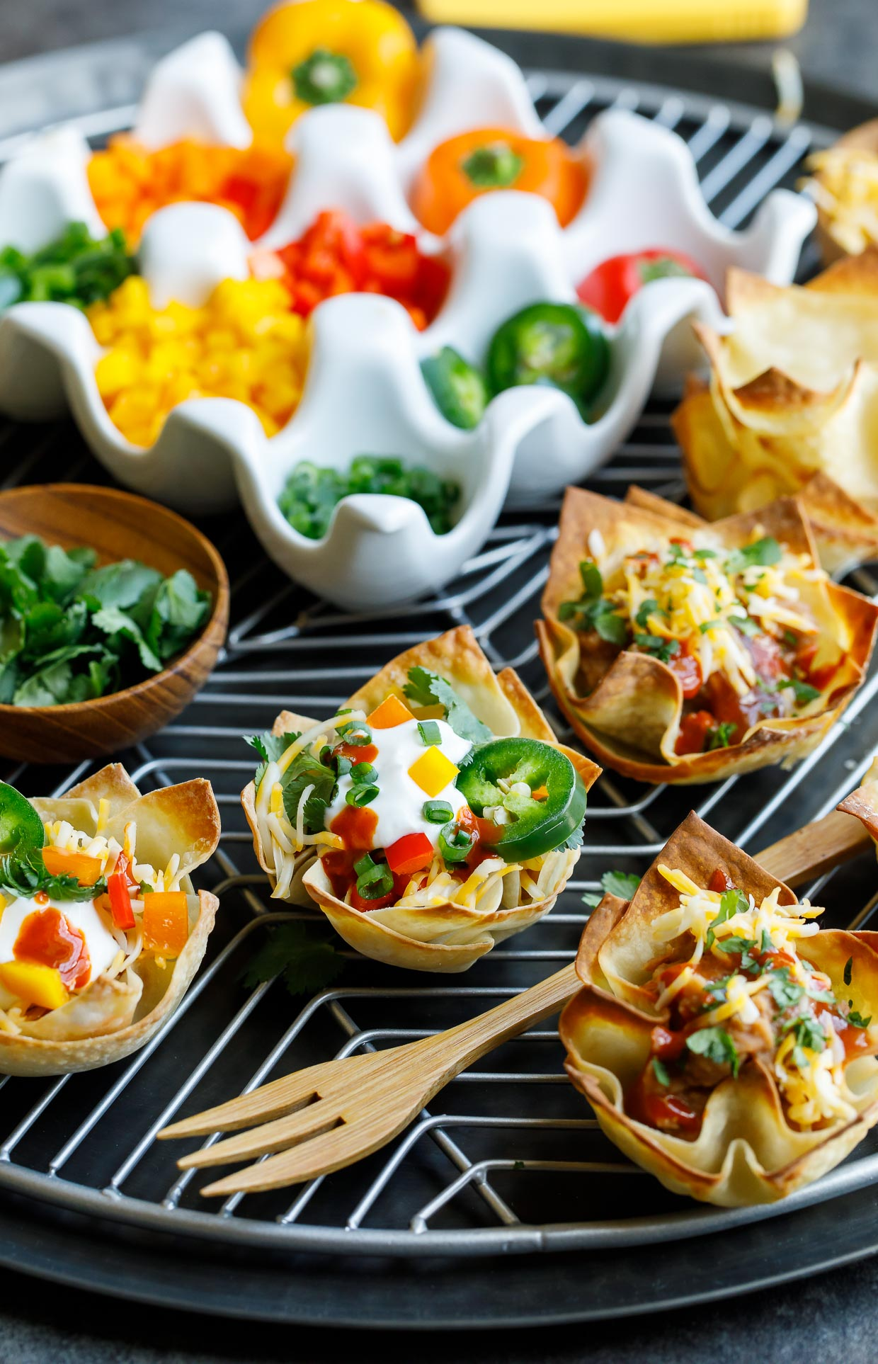 Vegetarian Wonton Taco Cups with Topping and Garnish