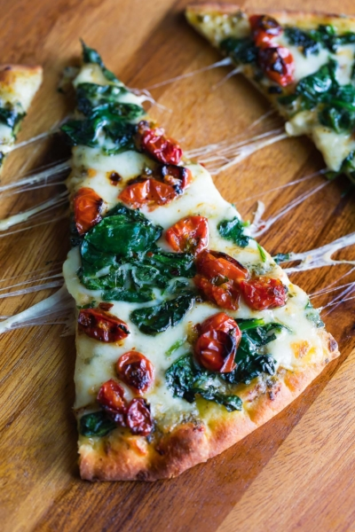 Garlic Roasted Tomato Flatbread Pizza