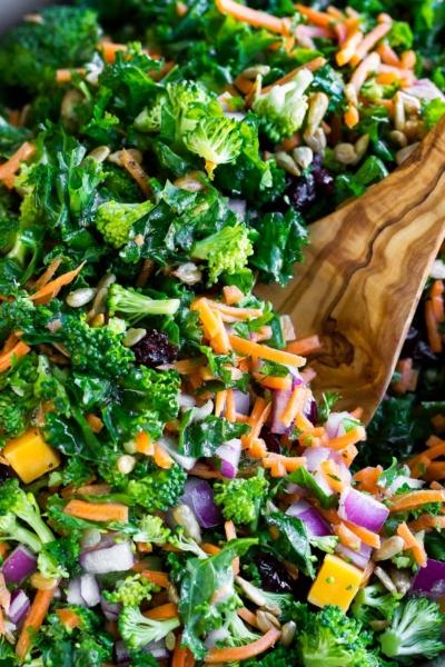 Massaged Kale Salad with Lemon Dressing
