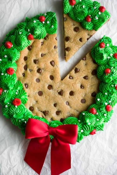 Christmas Cookie Cake Wreath