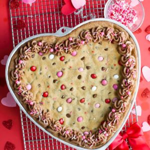 Valentine Cookie Cake