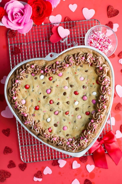 Valentine Cookie Cake