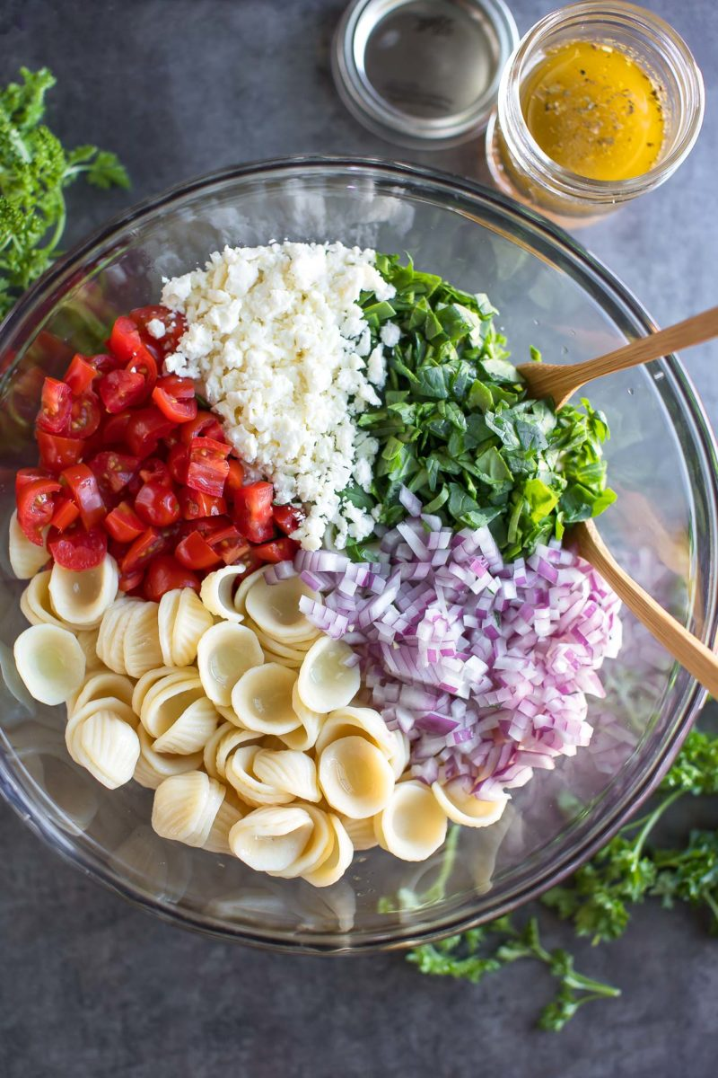 Spinach Pasta Salad with Feta and Tomato