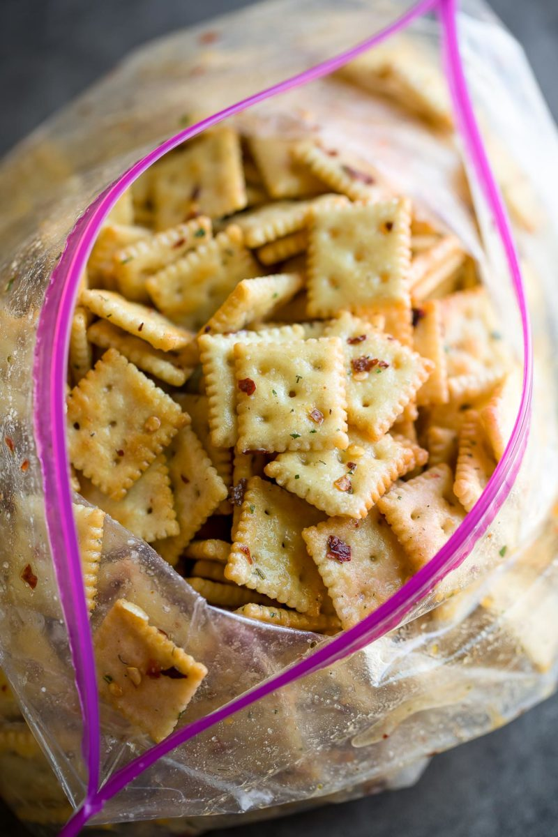 Seasoned Ranch Saltine Crackers