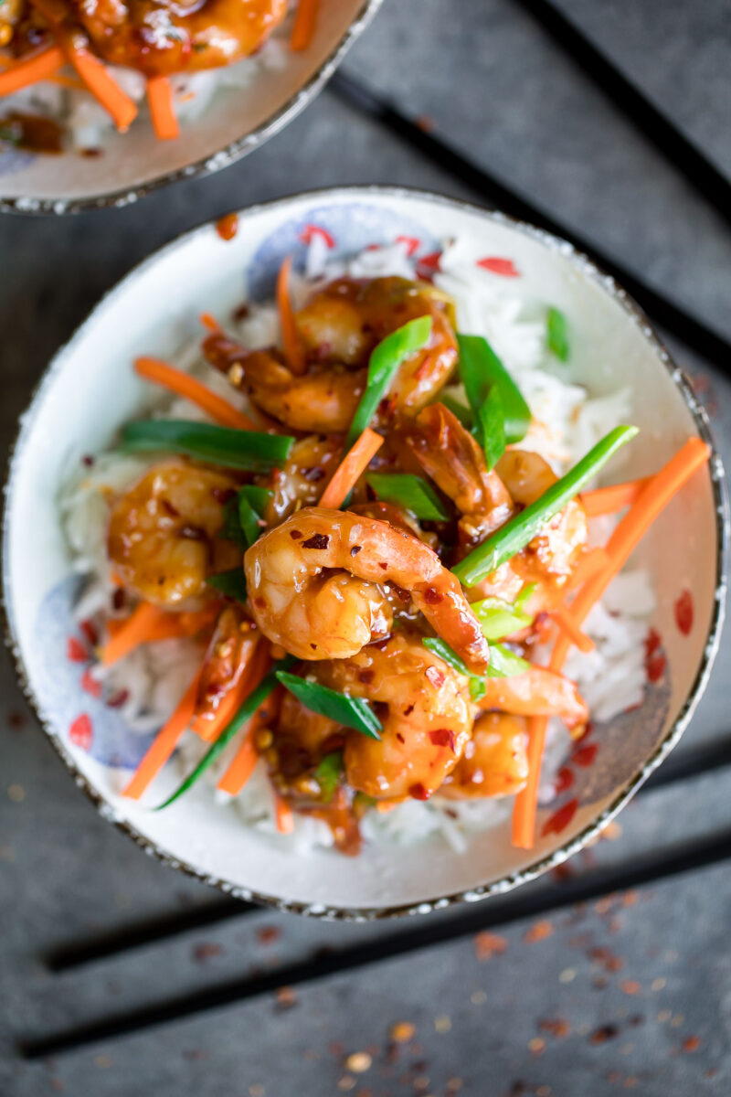 Sweet and Spicy Garlic Shrimp with Scallions and Carrots