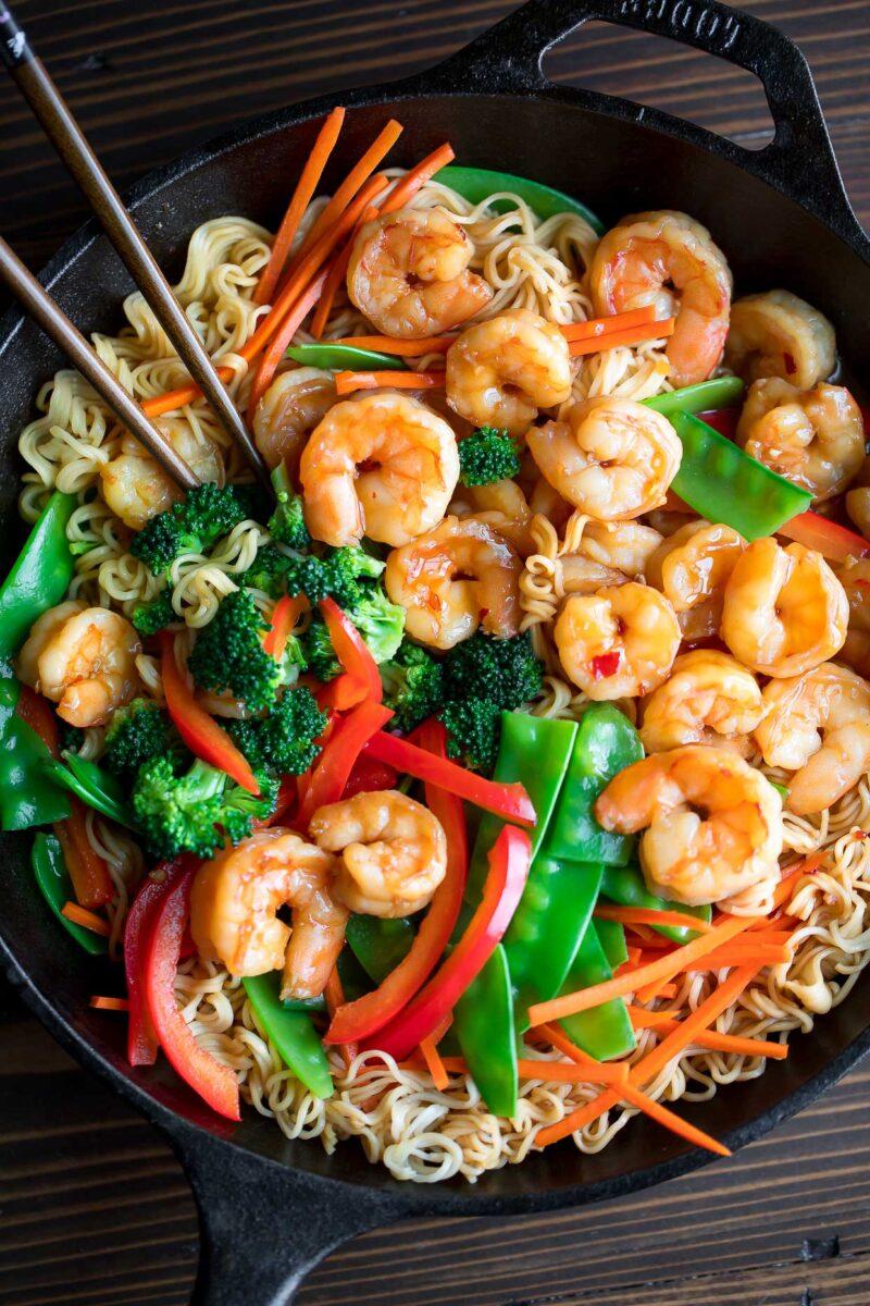 Shrimp Stir Fry with Vegetables and Ramen Noodles