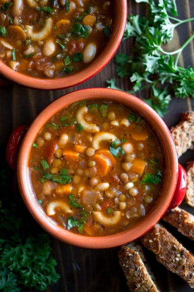 Easy One-Pot Lentil Minestrone