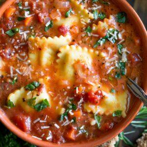 One-Pot Vegetarian Ravioli Soup