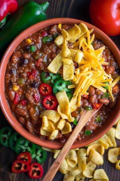 Vegetarian Quinoa Chili Bowls